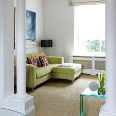 Дизайн интерьера с угловым диваном: как вписать мебель в обстановку?