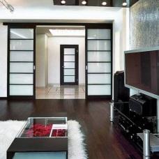 Дизайн интерьера с темным полом: эффектное и оригинальное решение пространства