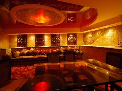 Дизайн интерьера ночного клуба и комнаты отдыха