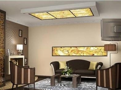 Витражи в дизайне интерьера гостиной