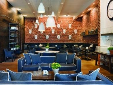 Дизайн интерьера в стиле ретро с диванами