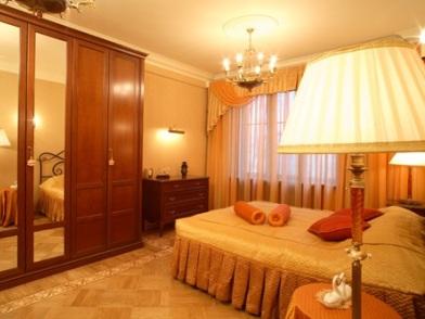 Дизайн интерьера в стиле ретро спальни