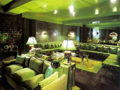 дизайн интерьера в зеленых тонах в отеле
