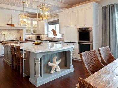 Дизайн интерьера в морском стиле кухни в доме