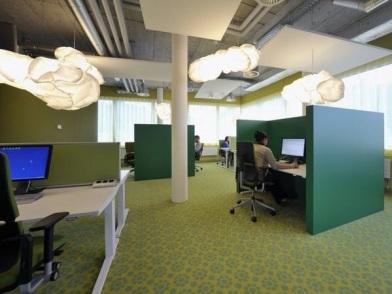 дизайн интерьеров офисных помещений в зеленом цвете